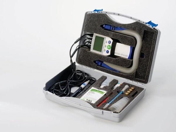 Seven-Go-Duo-valigetta-strumenti-test-analisi-chimiche