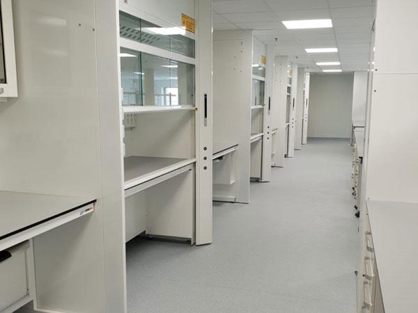 mobili-armadi-per-laboratorio