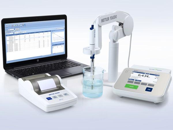 phmetro-da-banco-misurare-alimenti