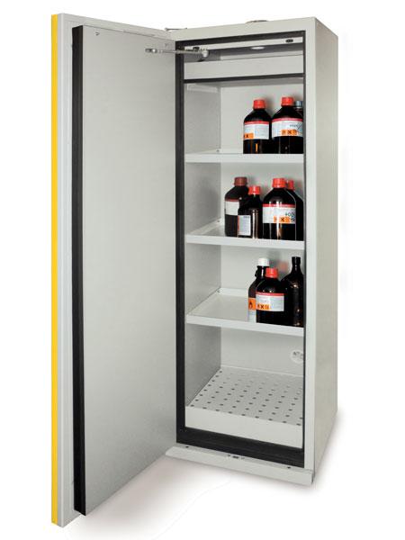 stoccaggio-liquidi-infiammabili-pericolosi